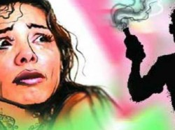 Woman Critical After Acid Attack Gaziabad Female Stalker Prime Suspect