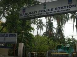 Police Solves The Daring Robbery Baguiati S Deshbandhunagar Area