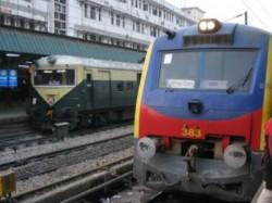 Passenger Train Bound New Delhi Station Goes Old Delhi Station