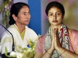 Hasin Jahan Meets With Cm Mamata Banerjee At Assembly West Bengal