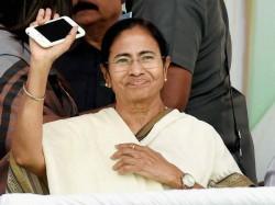 Mamata Bandyopadhyay Welcomes Tdp S Decision Pull Of Nda