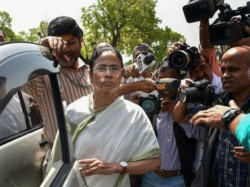 Mamata Banerjee Will Visit Southern States Federal Front Fight Against Modi