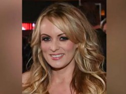 Us Porn Star Stormy Daniel Describes Un Remarkable Hookup With Trump The Outer Orbits Hollywood Fame