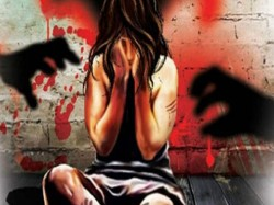 Old Man Arrests Molesting Girl Child Beniapukur Area