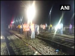 Engine Triveni Express Derails Near Uttar Pradesh S Bareilly Junction On Sunday