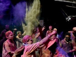 How India Celebrated Holi 2018 See Pictures