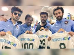 Leander Peas Ranbir Kapoor Arjun Kapoor Abhishek Play Football In Singapore