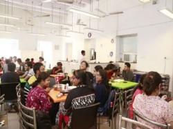 Canteens Different Universities West Bengal Under Scanner On Meet