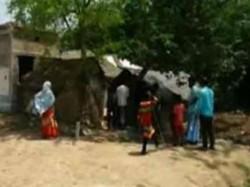 Teenager Brutally Burnt Death Kharagpur Allegedly Neighbour