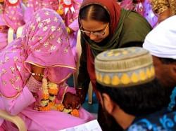 Band Baaja Muslim Weddings Un Islamic Say Clerics Up S Deoband