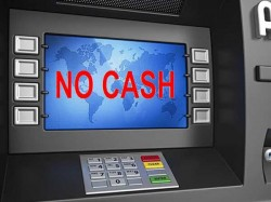 Cash Crunch At Atms Are Rs 2 000 Notes Being Hoarded Know The Problem In Detail