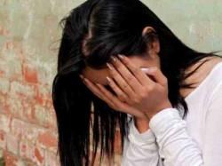 Class 11 Girl Gang Raped Moving Car Classmate Greater Noida