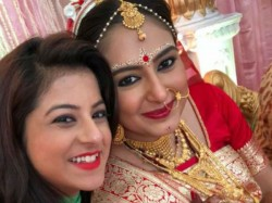Tv Serial Rani Rashmoni Actress Tania Kar Gets Married Here Are The Pics