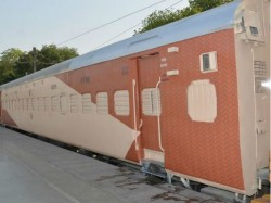 Indian Railways New Sleeper Coaches Get New Colour Scheme