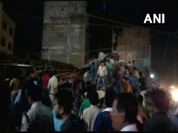 A Car Crashed Into The Three Storied Hotel Indore Follows The Collapse The Same