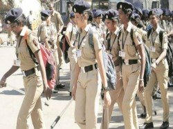 Mbas Lawyers Doctors The Race Be Mumbai Police Constables