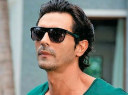 Arjun Rampal Mehr Jessia End 20 Years Marriage Announce Separation