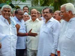 Congress Jds Mlas Will Stay Put Hotels Till The Floor Test Is Over In Karnataka