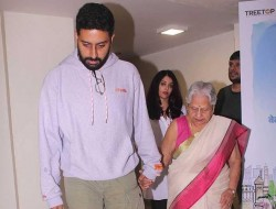 Abhishek Bachchan Aishwarya Rai Bachchan Escort His Grandmother Her Car After 102 Not Out Screening