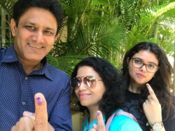 Ex Cricketer Anil Kumble Urges Citizens Cast Their Votes