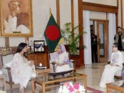 Bollywood Star Priyanka Chopra Meets Bangladesh Prime Minister Sheikh Hasina