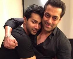 Varun Dhawan Promotes Salman Khan S Song Selfish From Race 3 In His Own Way