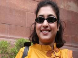 Daredevil Steal Delhi Residence Parliamentarian Shatabdi Roy