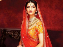 First Look Sonam Kapoor As Bride Some Inside Pics Sonam S Marriage