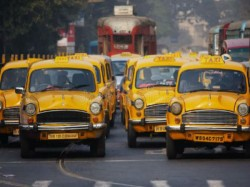 Taxi Drivers Kolkata Calls Road Block On Demands Increase Fare
