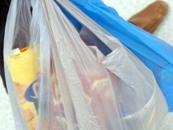 Maharashtra Plastic Ban From Saturday Rs 25 000 Three Months Jail For Repeat Offenders