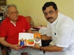 Bjp Leader Rahul Sinha Meets Soumitra Chatterjee