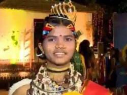 Pallavi Durua Odisha Crowned As India S First Tribal Queen