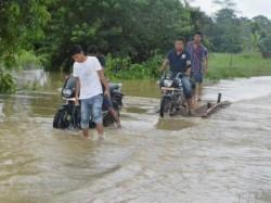 Floods Wreak Havoc Northeast Rescue Ops Underway