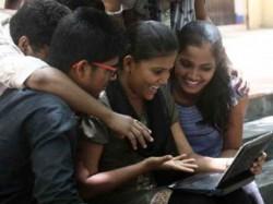 Pabitra Senapati Kolkata Secures Tenth Place Madhyamik