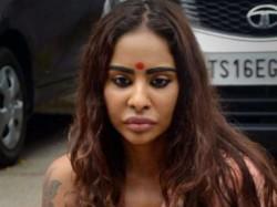 Sri Reddy On Tollywood Sex Racket Us