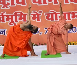 Yogi Calls Ramdev Stop Patanjali Move Its Foodpark Project From Up