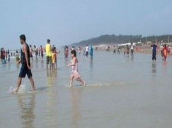 Digha Police Orders Alleged Doctor Not Leave Digha Untill Next Order