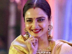 Rekha Performs After 20 Years Sets The Stage On Fire Watch
