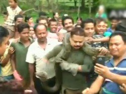 Bengal Forest Ranger Almost Strangled While Clicking Selfie With Python