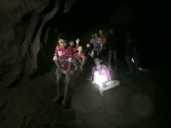 See The Video The Moment When 13 Thai Boys Found Alive On Th