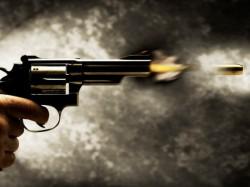 A Man Is Shot Gang War Two Groups At Entali City Kolkata