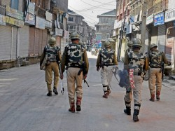 Jammu Kashmir Police Constable Is Abducted Killed Terrorists Shopian