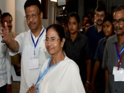 Omar Abdulla Will Meet With Mamata Banerjee On Friday Discuss About Federal Front