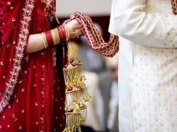 Bride Bihar S Bhabua Flees With Cash Ornaments On First Night
