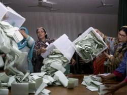 All Parties Conference Demands Fresh Election Pakistan