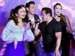 Salman Khan Bobby Deol S Race 3 Climax Is Things Grand Here Are The Details