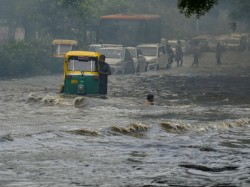 From Maharashtra Kerala Heavy Rain Lashes Parts India See In Pics