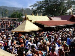 Supreme Court Says Denying Women Entry Into Kerala S Sabarimala Temple Was Against The Constitution