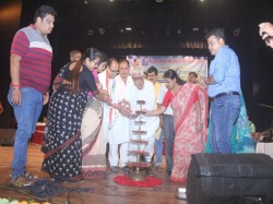 Sonarpur Municipality Awarded Local Students Who Got Good Maeks Madhyamik Hs