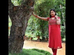 Malayalam Tv Actress Surya Sasikumar Two Arrested After Seizure Counterfeit Currency Notes